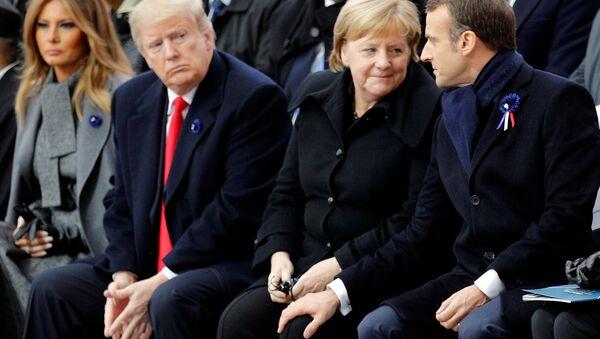 Německá kancléřka Angela Merkelová a francouzský prezident Emmanuel Macron - Sputnik Česká republika