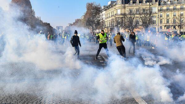"""Protesty """"Žlutých vest"""" ve Francii - Sputnik Česká republika"""