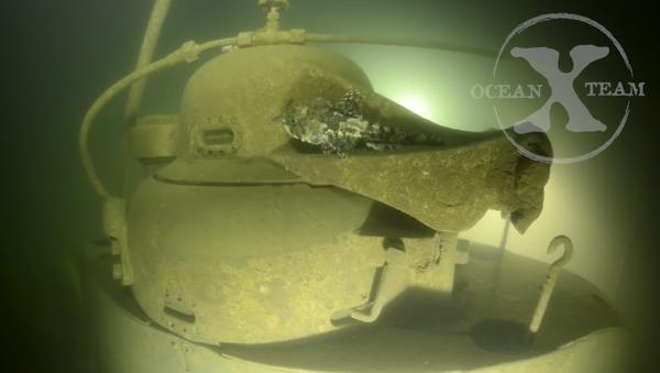 Skupina potápěčů švédské společnosti OceanXTeam zveřejnila video, zobrazující ponoření k nalezené ruské ponorce, utonulé v roce 1916 - Sputnik Česká republika