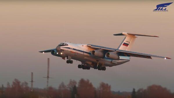 Na internetu bylo zveřejněno unikátní VIDEO letů těžkých dopravních letadel - Sputnik Česká republika