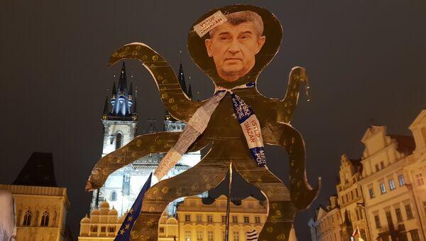 Demonstrace proti Babišovi 23. listopadu 2018. - Sputnik Česká republika