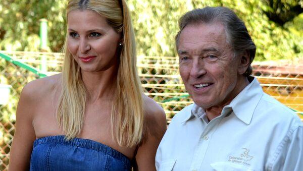 Karel Gott a jeho manželka - Sputnik Česká republika