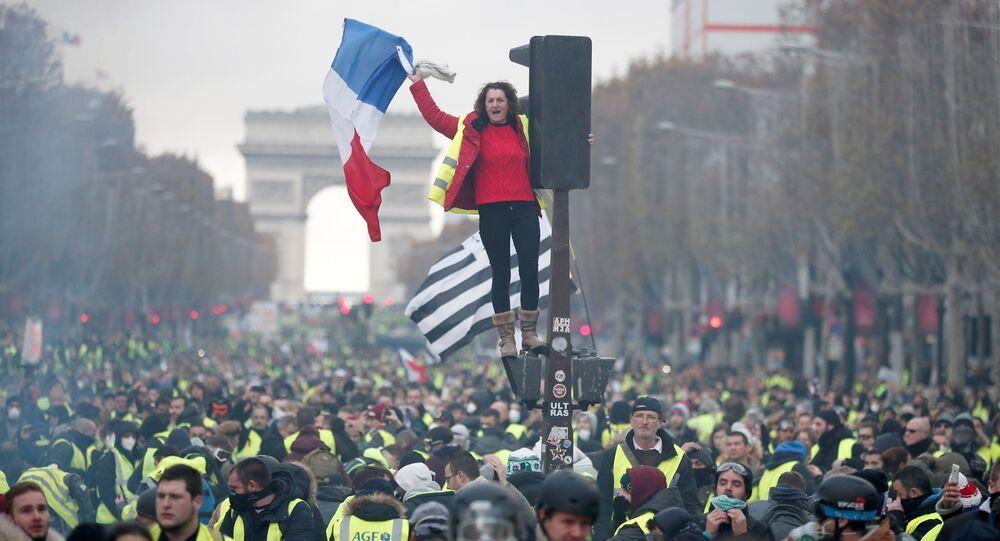 Žluté vesty, protesty V Paříži