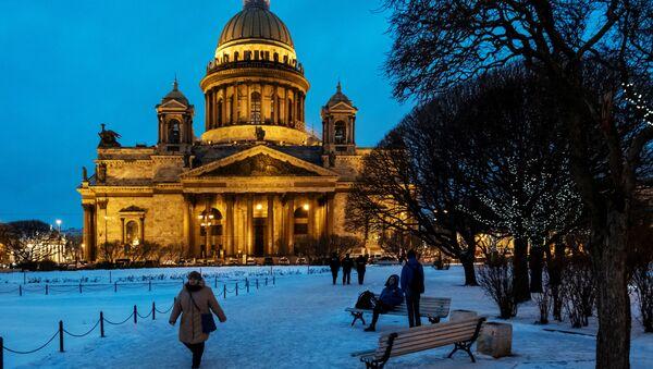 Sněhová pohádka v Petrohradu. Jak žije nejkulturnější město v zimě - Sputnik Česká republika