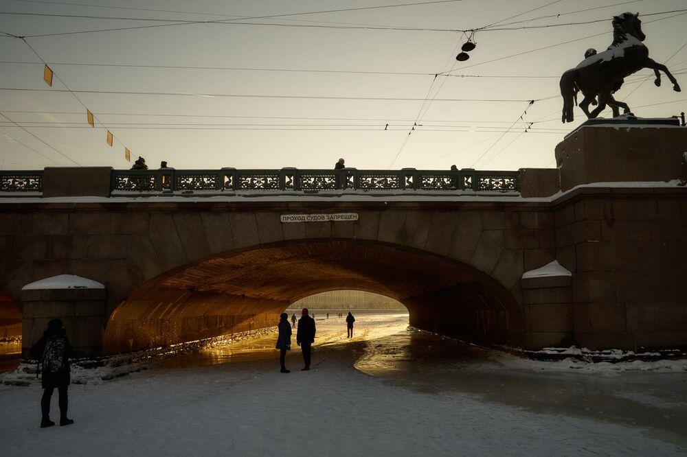 Sněhová pohádka v Petrohradu. Jak žije nejkulturnější město v zimě