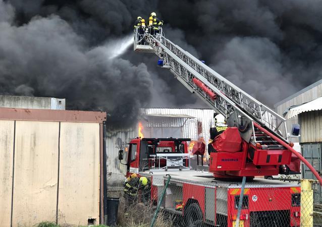 Čeští hasiči. Ilustrační foto.