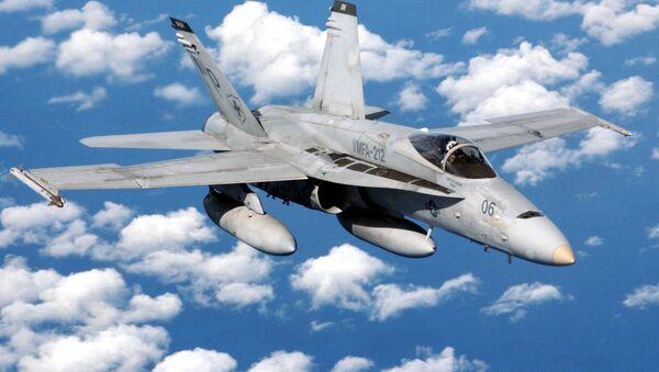 Víceúčelový stíhací letoun F/A-18 - Sputnik Česká republika