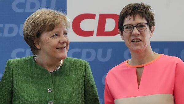 Předsedkyně Křesťanskodemokratické unie (CDU) Annegret Krampová-Karrenbauerová, která na tomto postu vystřídala německou kancléřku Angelu Merkelovou - Sputnik Česká republika