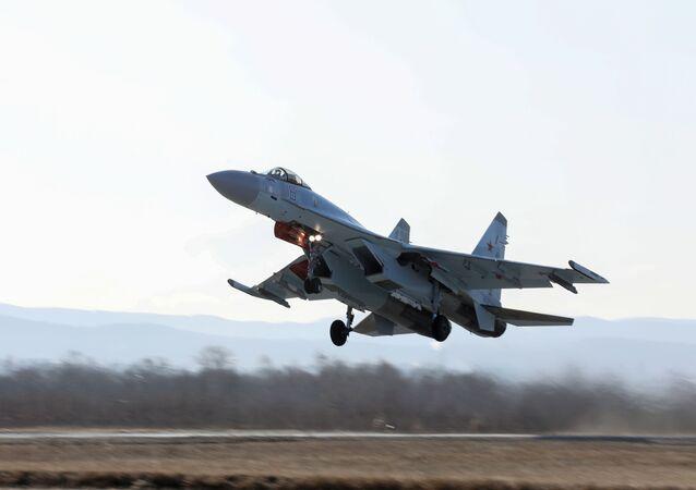 Suchoj Su-35S vysocemanévrovatelný univerzální stíhací letoun