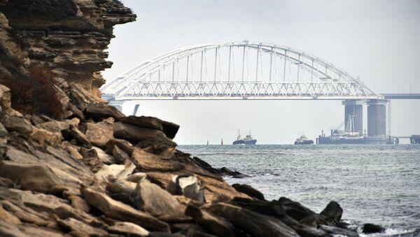 Krymský most v Kerčském průlivu - Sputnik Česká republika