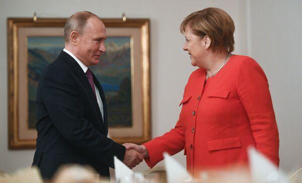 Tento týden v obrázcích: Modelky, politika a adventní čas - Sputnik Česká republika