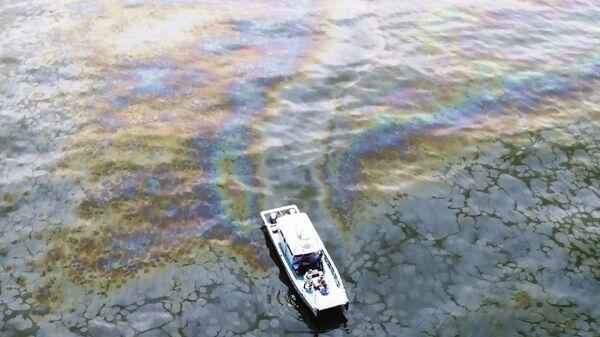Огромное нефтяное пятно в Мексиканском заливе - Sputnik Česká republika
