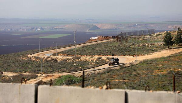 Na hranici Sýrie a Turecka v provincii Idlib - Sputnik Česká republika