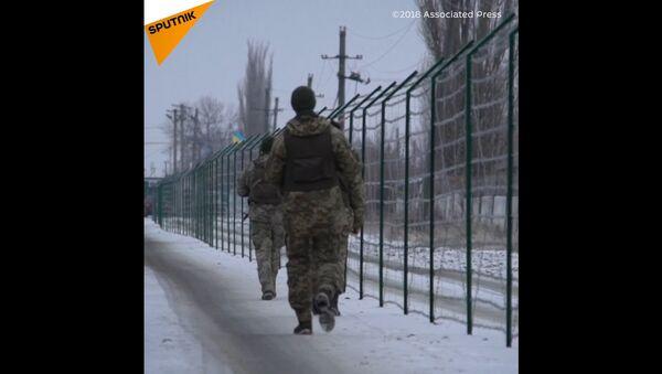 Ostnatý drát rozdělil  Rusko a Ukrajinu - Sputnik Česká republika