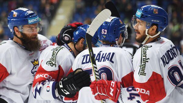 Češi se radují po gólu do sítě Švédska na turnaji v Moskvě - Sputnik Česká republika