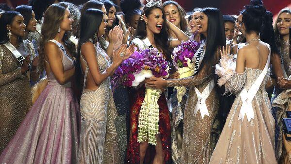 Vítězka mezinárodní soutěže krásy Miss Universe 2018 Filipínka Catriona Gray - Sputnik Česká republika