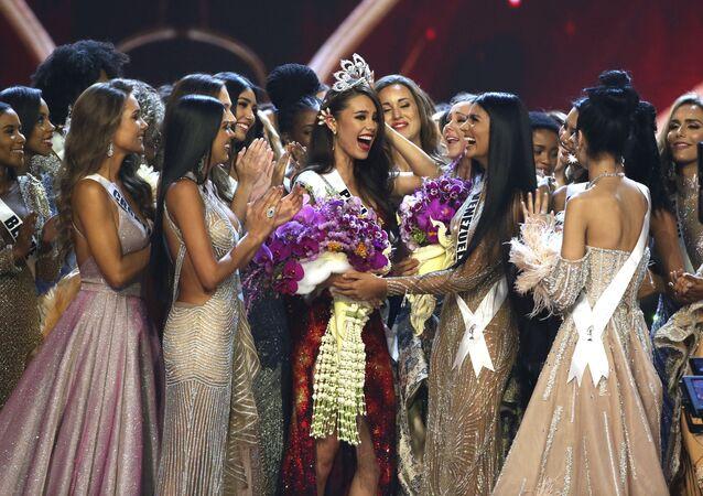 Vítězka mezinárodní soutěže krásy Miss Universe 2018 Filipínka Catriona Gray
