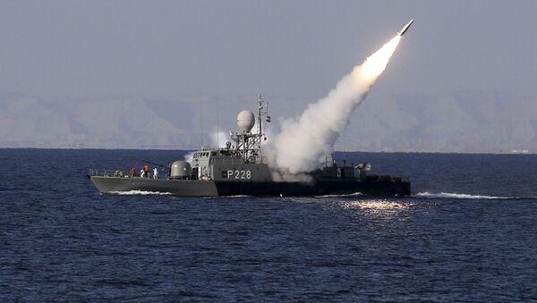 Íránské lodě během cvičení v Perském zálivu - Sputnik Česká republika