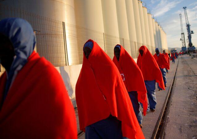 Zachrání migranti v Malaze, Španělsko