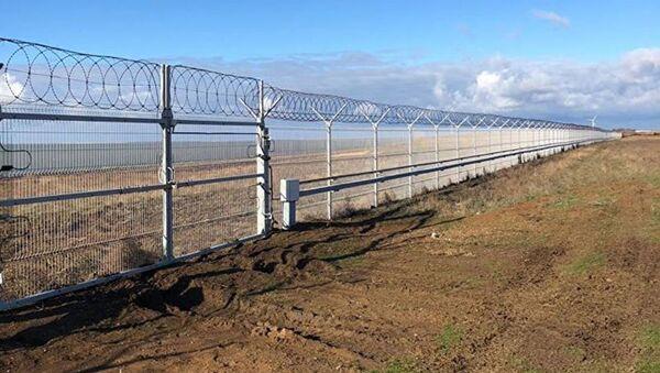 Zátarasy na hranici s Ukrajinou - Sputnik Česká republika