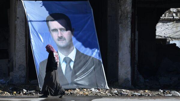 Portrét syrského prezidenta Bašára Asada v Aleppu - Sputnik Česká republika