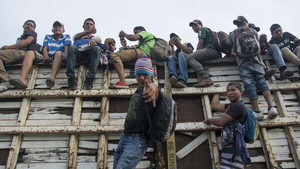 Migranti z Hondurasu - Sputnik Česká republika