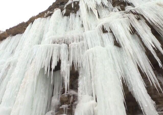 Ledové kaskády v Číně vás ohromí
