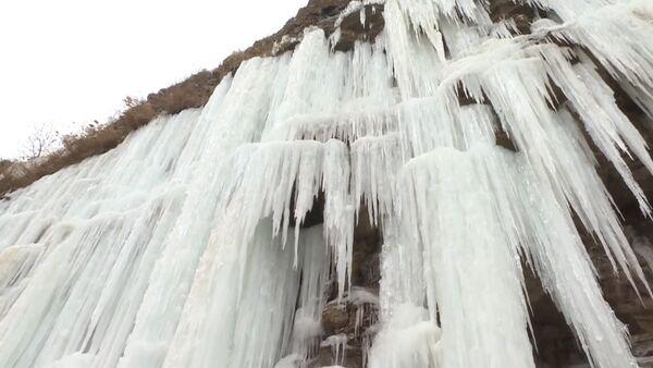 Ledové kaskády v Číně vás ohromí - Sputnik Česká republika
