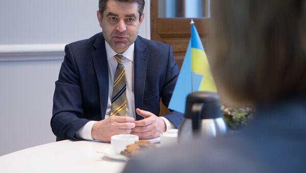 Ukrajinský velvyslanec v České republice Jevhen Perebyjnis  - Sputnik Česká republika