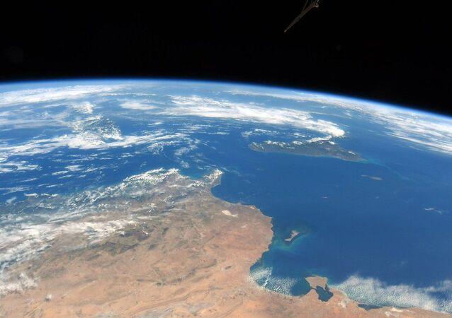 Pobřeží Tuniska, Sicílie a ostrovního státu Malta z ISS