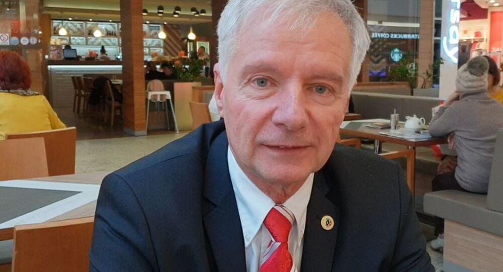PhDr. Miroslav Sládek