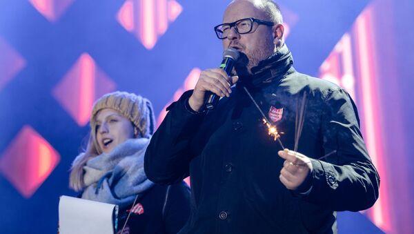 Prezydent Gdańska Paweł Adamowicz na scenie WOŚP, Gdańsk, 13 stycznia 2019 roku - Sputnik Česká republika