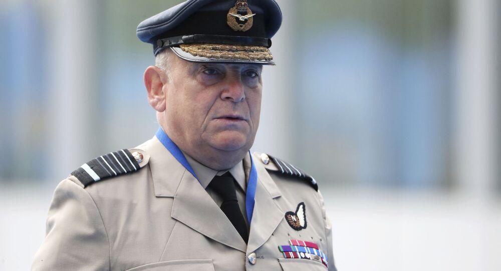 Nový předseda vojenského výboru NATO Stuart Peach