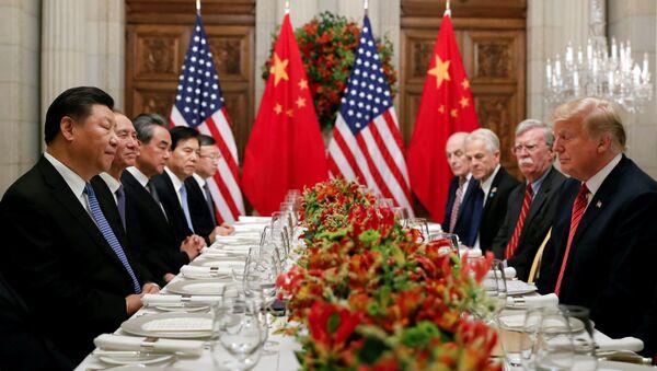 Jednání čínského prezidenta Si Ťin-pchinga a jeho amerického protějška Donalda Trumpa - Sputnik Česká republika