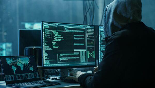 Hacker při práci - Sputnik Česká republika
