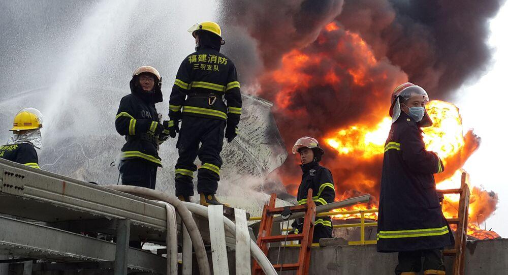 Čínští hasiči. Ilustrační foto