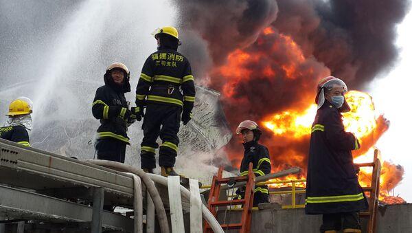 Čínští hasiči. Ilustrační foto - Sputnik Česká republika