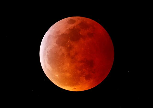 Krvavý Měsíc
