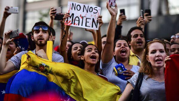Demonstrace Venezuelanů v Buenos Aires - Sputnik Česká republika