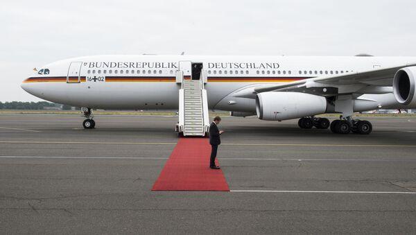 Německý vládní Airbus A340 Theodor Heuss - Sputnik Česká republika