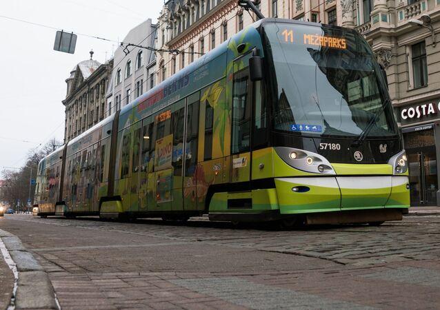 Tramvaj společnosti Škoda v Rize