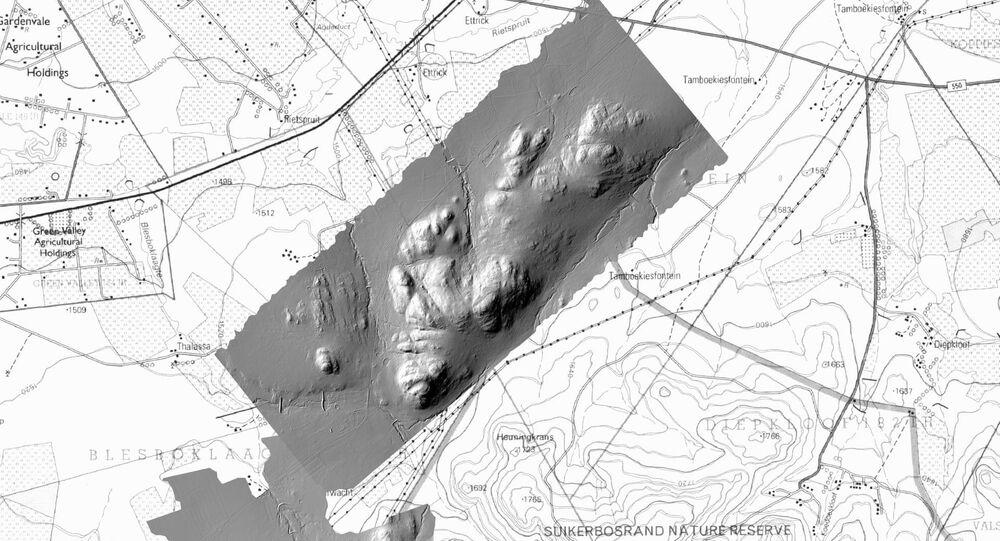 Obrázek Kwenegu vytvořený pomocí laserových paprsků