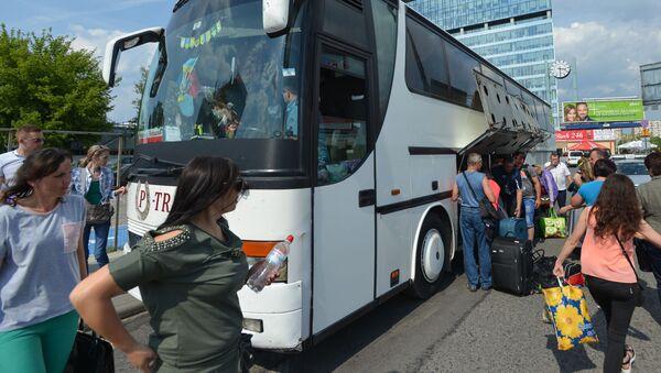 Autobus směr z Černovic do Varšavy - Sputnik Česká republika