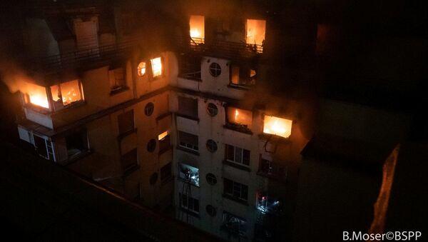 Požár obytného domu v Paříži - Sputnik Česká republika