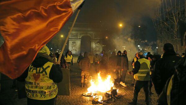 Protesty žlutých vest. Paříž, 5. ledna 2019 - Sputnik Česká republika