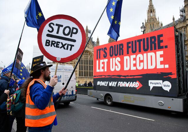 Účastnici protestu proti Brexit. London, Velká Británie