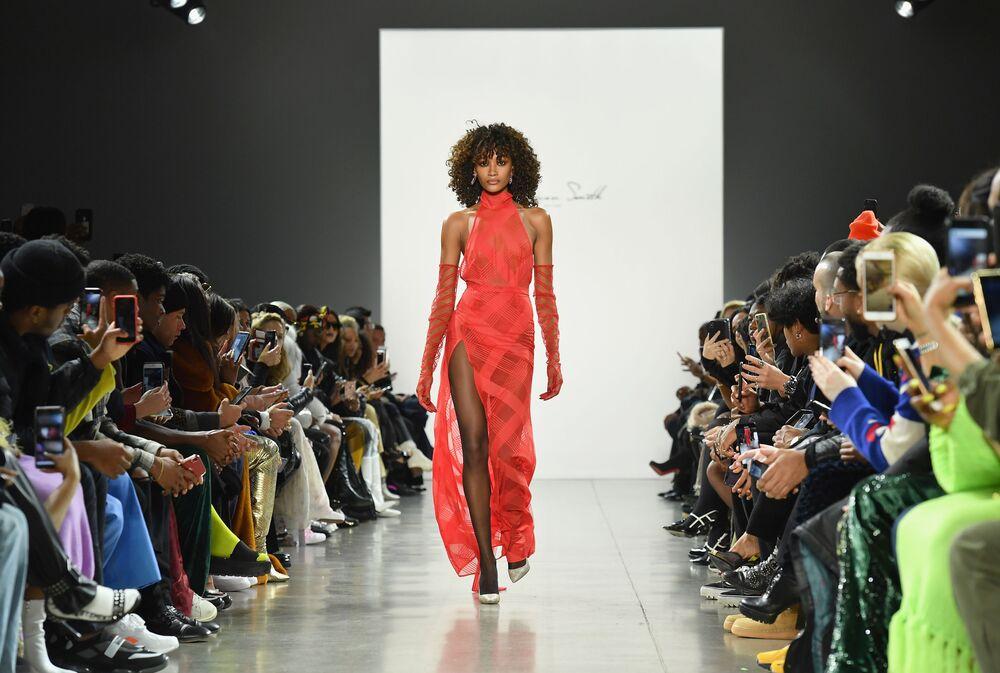 Klasika je nesmrtelná. Laquan Smith v New Yorku Fashion Week