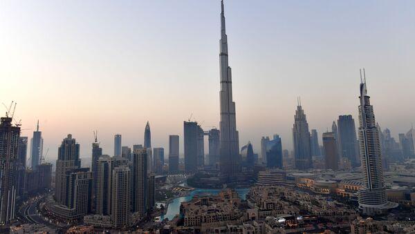 Nejvyšší mrakodrap světa Burdž Chalífa v Dubaji - Sputnik Česká republika