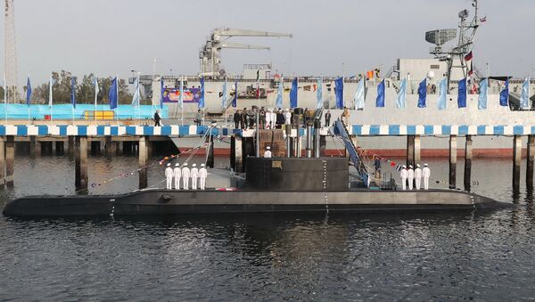 Íránská ponorka Fatech - Sputnik Česká republika