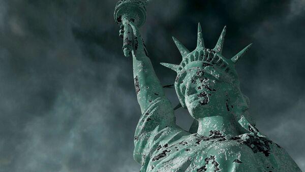 Socha Svobody během bouře. Ilustrační foto - Sputnik Česká republika